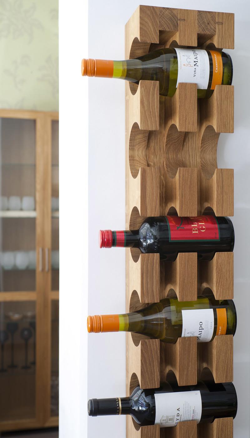 viinipulloteline, viiniteline, viinihylly, viinipulloteline seinälle, viinipulloteline lattialle, viinipulloteline puinen, viinipulloteline pöydälle, viinipulloteline hyllyyn, puinen viiniteline,
