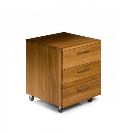 laatikosto pyörillä, puinen lokerikko, matala laatikosto, työpöydän laatikosto, laatikosto pöydälle, laatikosto työpöydän alle, laatikosto kylpyhuoneeseen, laatikosto pöydän alle, laatikosto eteiseen, laatikosto patterin eteen, laatikosto seinälle, laatikosto syvyys 30 cm,